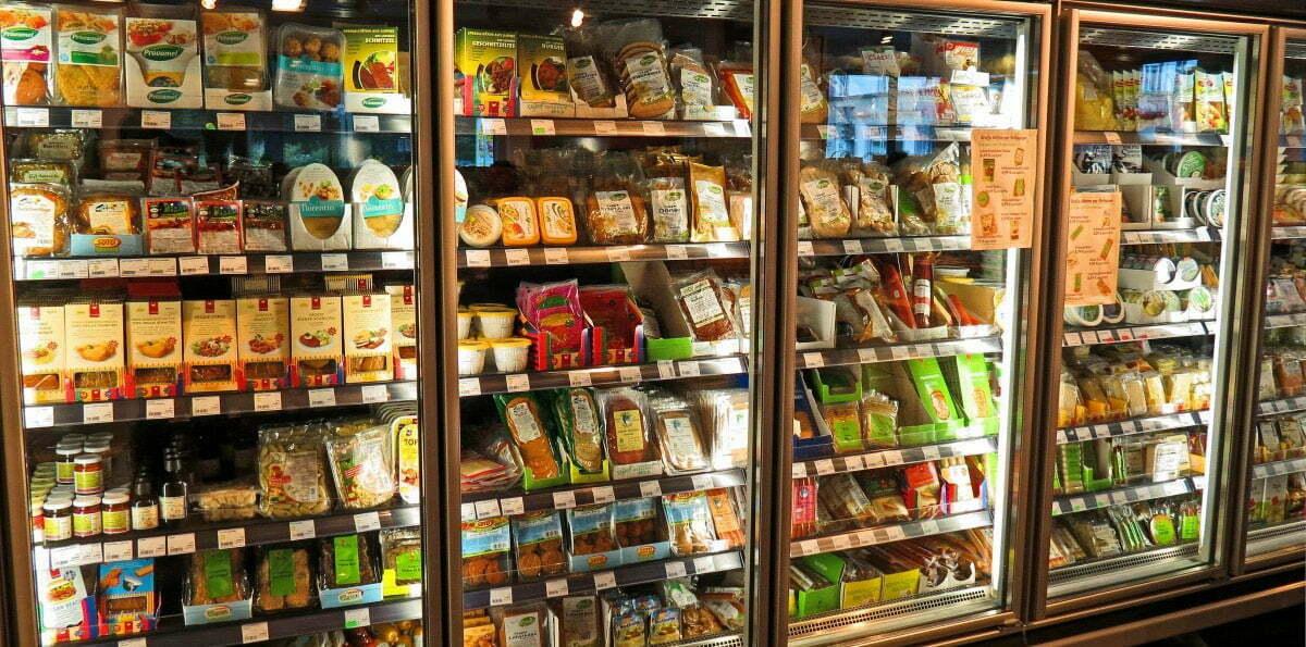 Types of food packaging