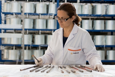 Sustainable composites for façades and interior partitions to improve indoor air quality in new builds and restoration