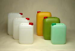 AIMPLAS develops a new plastic recovery technology for hazardous substances and mixtures packaging