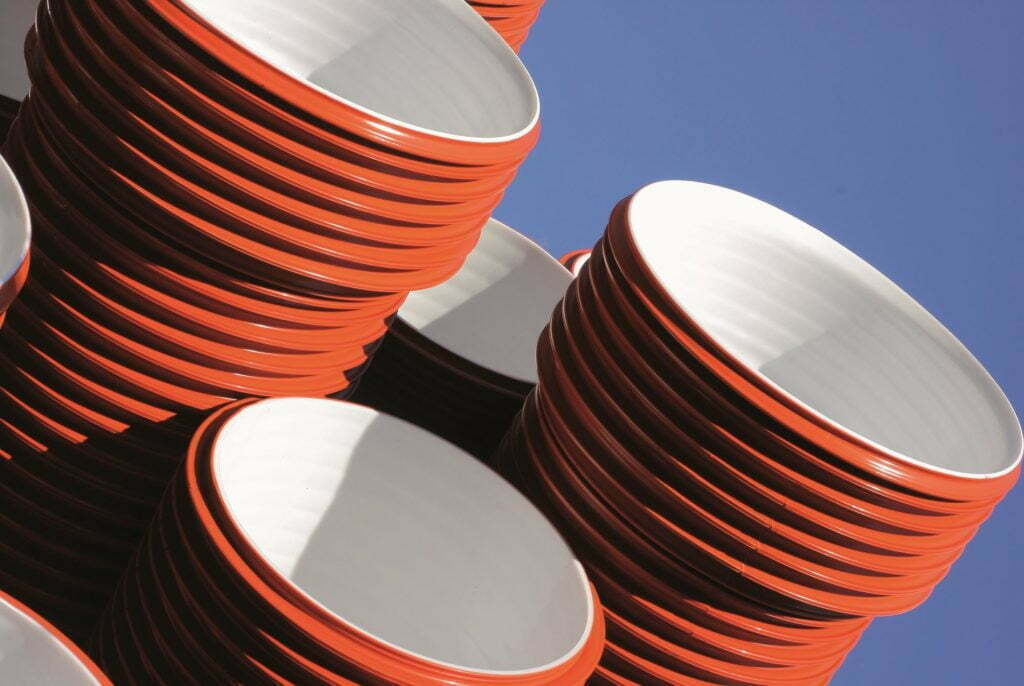 Behaviour and compliance of thermoplastic and GFRP pipes